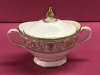 Royal Doulton Sovereign Fine Bone China covered sugar bowl  H.4973