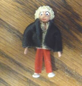 1/48 scale Dollhouse Miniature Blonde Woman in Jacket Wire-Formed Character Doll