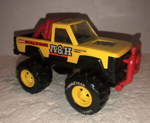 """Vintage 1985 Remco Toy Truck A&H Construction Co. Goodyear Tires 24hr Yellow 8"""""""