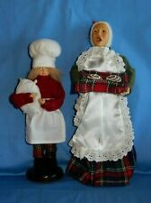 "Santas Workbench Christmas Carolers Baker Vendor & Helper 11.5"" Figure Wood Base"