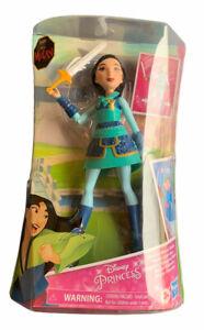 Disney Princess Warrior Moves Mulan Doll with Sword-Swinging Action