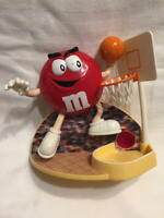 M&M's RED Basketball Player Small Candy Dispenser Vintage 1999 Mars