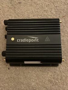 Cradlepoint IBR900LP6 With antennas And Charger
