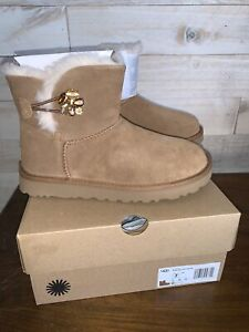 NIB Women's UGG Mini Bailey Button Gem Boots - CHESTNUT