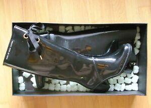 RARE MARC JACOBS RAINBOOTS WELLIES patent shiny black rubber designer 36 US6 UK4