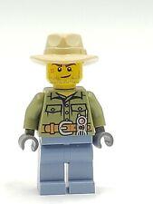 Lego Minifigure cty0694 Explorer Male Shirt Belt Radio Dark Tan Fedora Hat Crook