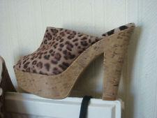 New Look Women's High Heel (3-4.5 in.) Block Sandals & Beach Shoes
