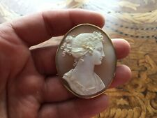 Fab Antique Victorian Cameo 15k Gold Brooch