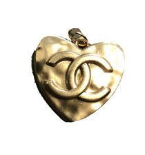 Vintage Heart GOLD 30mm Larger Zipper Pull Button