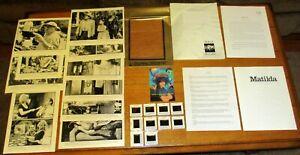 1996 Matilda Movie Press Kit W/9 B&W Photos + 10 Color Slides + Movie Invitation