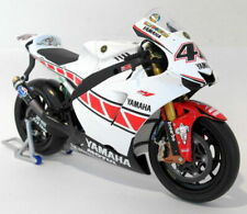 Minichamps 1/12 Scale Diecast 122 053086 Yamaha YZR-M1 Gauloises Valencia Rossi