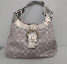 COACH Silver handbag. ~CUTE~ USED IN GOOD CONDITION.