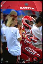 631030 ex Campeón del Mundo Eddie Lawson atiende a la red A4 Foto Impresión