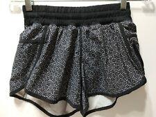 Lululemon Hottie Tracker Shorts Size 4 Black White EUC