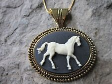 HORSE CAMEO GOLD PLATED NECKLACE - CREAM/BLACK - QUALITY - PONY - HORSE LOVER