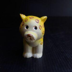 Statue figurine félin léopard résine vintage art déco jaune rouge noir N7642