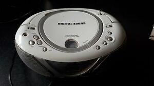 Bush Portable Compact Disc Digital Audio CD Player AM/FM RADIO MP3 USB PLAYER