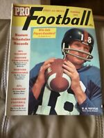 Street and Smith's Pro Football Yearbook 1963 - Y.A. Tittle