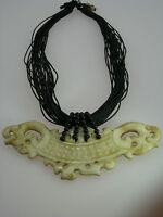 Edelsteinschmuck Halskette aus Antik jade Designer Schmuck Unikatschmuck 01027