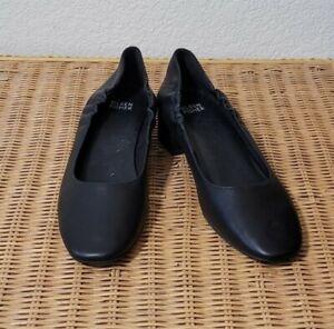 "Women's Eileen Fisher Size 8 Ballet Pump Black Leather 1.5"" Block Heel EUC"