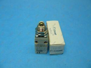 Crouzet 83802001Plastic Body Limit Switch Top Plunger Threaded Barrel New