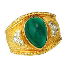 Deep Green 8.0 CT Emerald & Diamond 18K Yellow Gold Ring Size 10