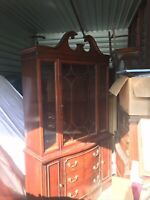 Vintage Bernhardt Hutch China Cabinet Curio Cherry