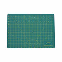 Green//Black Fabric /& Scrapbooking for Quilting Sewing Craft Green//Black Big Double Sided 5-Ply Cutting Board NEWBRAUG 24 /× 32 Large Self Healing Gridded Rotary Cutting Mat