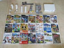 Nintendo Wii Konsole mit Zubehörpaket + 3 Wii Spiele + 2x Remote