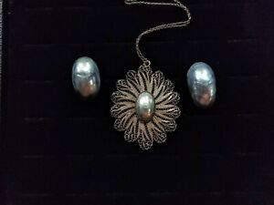 Art Nouveau Osmena Pearl in Filigree Silver Pendant & Screwback Earrings 22 Gms