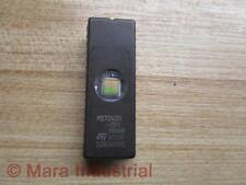 ST M27C4001-15F1 Semiconductor