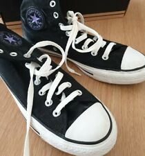 All star converse size uk 8. With box and alternative laces.