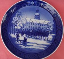 ROYAL COPENHAGEN Christmas Plate ANNO 1992 la Royal Coach