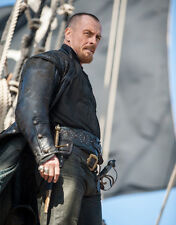 Toby Stephens UNSIGNED photo - 8780 - Black Sails
