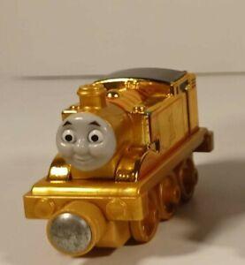 Gold Thomas - Diecast Thomas the tank engine Train take-along set VGC