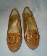 COLE HAAN! BEAUTIFUL GOLD FAUX-CROC LEATHER AND SUEDE FLAT, 8 B, BARELY WORN!