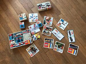 Lego: 16 Notices de montage et 5 boites vides.
