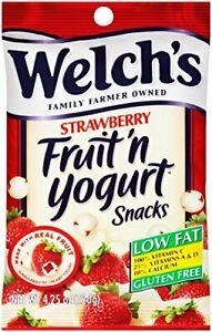 WELCH'S Fruit 'n Yogurt Snacks Strawberry 4.25 Ounce