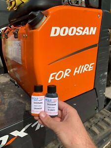 GREY & ORANGE TOUCH UP PAINT KIT FOR DOOSAN DX10 DX19 DX27 Z MICRO MINI DIGGER