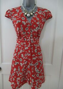 Bloggers Sold out TopShop red/white scatter daisy floral button up tea dress 10