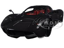 PAGANI HUAYRA CARBON 1/18 DIECAST CAR MODEL BY MOTORMAX 79160 PCBN