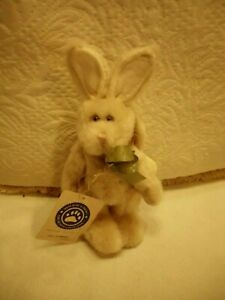 Boyds Bears Plush ~ Jill Hopkins ~ Yellow Bunny Angel