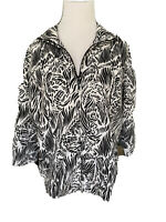 Chicos Zenergy Size 2 Black/white Zip Up Light Weight Jacket