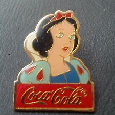 pin badge pin's Disney coca cola Snow white Blanche neige BD comics drink