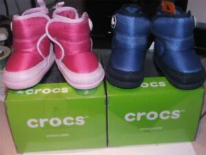 CROCS KOSMO BOOTS infant LITTLE PINK OR BLUE SZ 2 gift boxed NEW WITH TAGS~