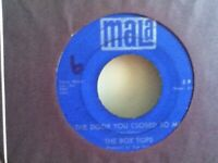 "THE   BOX   TOPS    7""  VINYL  SINGLE ,  CRY  LIKE  A  BABY"