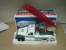 1994 HESS TOY TRUCK RESCUE TRUCK IN BOX