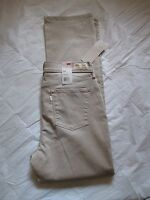 Women's Levi's Jeans 512 Straight Leg Slimming Color Khaki 581190075 New