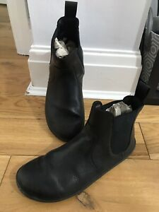 Vivobarefoot Black Fulham Chelsea Ankle Boots Size UK 4 EUR 37 Only Worn Once