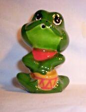 Frog H278 -94.xxx Ceramic Drummer Frog  Pie Vent